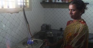 Du biogaz en Inde produit à partir des excréments de vache (Vidéo Le Tour des possibles)