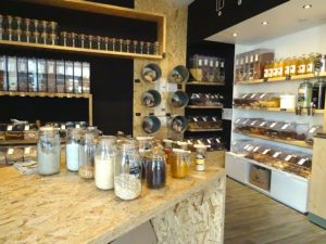 La boutique Bee Vrac, située au 36 route de Mittelhausbergen à Strasbourg, propose de nombreux produits en vrac. (Photo Les Défricheurs - EB)